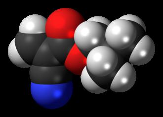 Isobutyl cyanoacrylate - Image: Isobutyl cyanoacrylate 3D spacefill