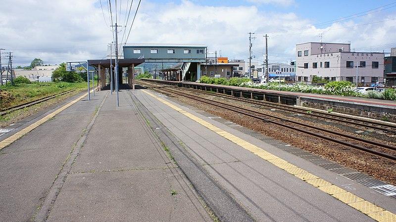 八雲駅のホーム