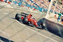 1992년 모나코 GP에서 쟌・아레지가 드라이브 하는 F92A
