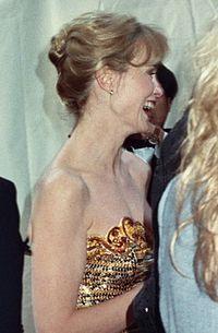 Jessica Lange no tapete vermelho do 62º Oscar.