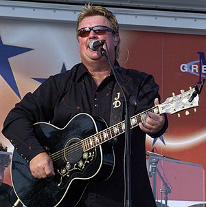 Joe Diffie - Joe Diffie performing in 2007.