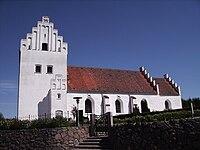 Jordloese Kirke fra syd.jpg