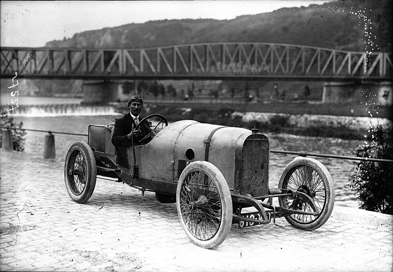 File:Jules Goux at the 1912 Belgian Grand Prix (2).jpg
