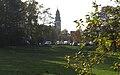 Kelsterbach mit Herz-Jesu-Kirche.jpg