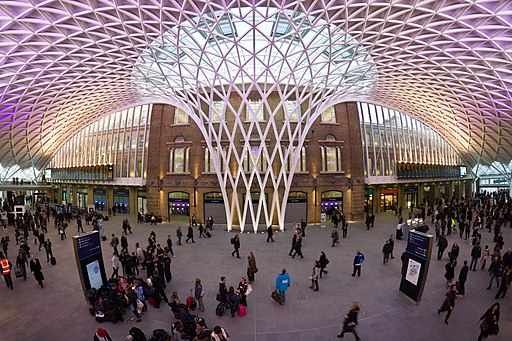 King's Cross Western Concourse - central position