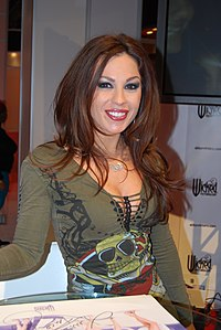 Kirsten Price at AVN Adult Entertainment Expo 2008 (3).jpg
