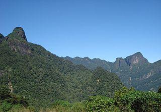 Knuckles Mountain Range Mountain range located in Sri Lanka