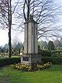 Kriegerdenkmal Holsen.jpg