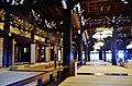 Kyoto Higashi Hongan-ji Amidahalle Innen 2.jpg