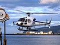 L'hélico rejoint le MD au large du Port - panoramio.jpg