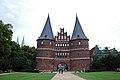 Lübeck HolstenTor Baudenkmal.jpg