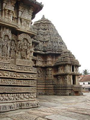 Lakshminarayana Temple, Hosaholalu - Vimana (cella) with tower and exquisite relief at Lakshminarayana temple in Hosaholalu