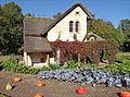 Le hameau de la Reine (Versailles) (8040181234).jpg