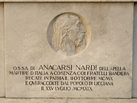 Licciana Nardi-monumento Anacarsi Nardi2.jpg