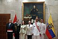 Llegada de la Ministra de Defensa de Ecuador (8508057595).jpg