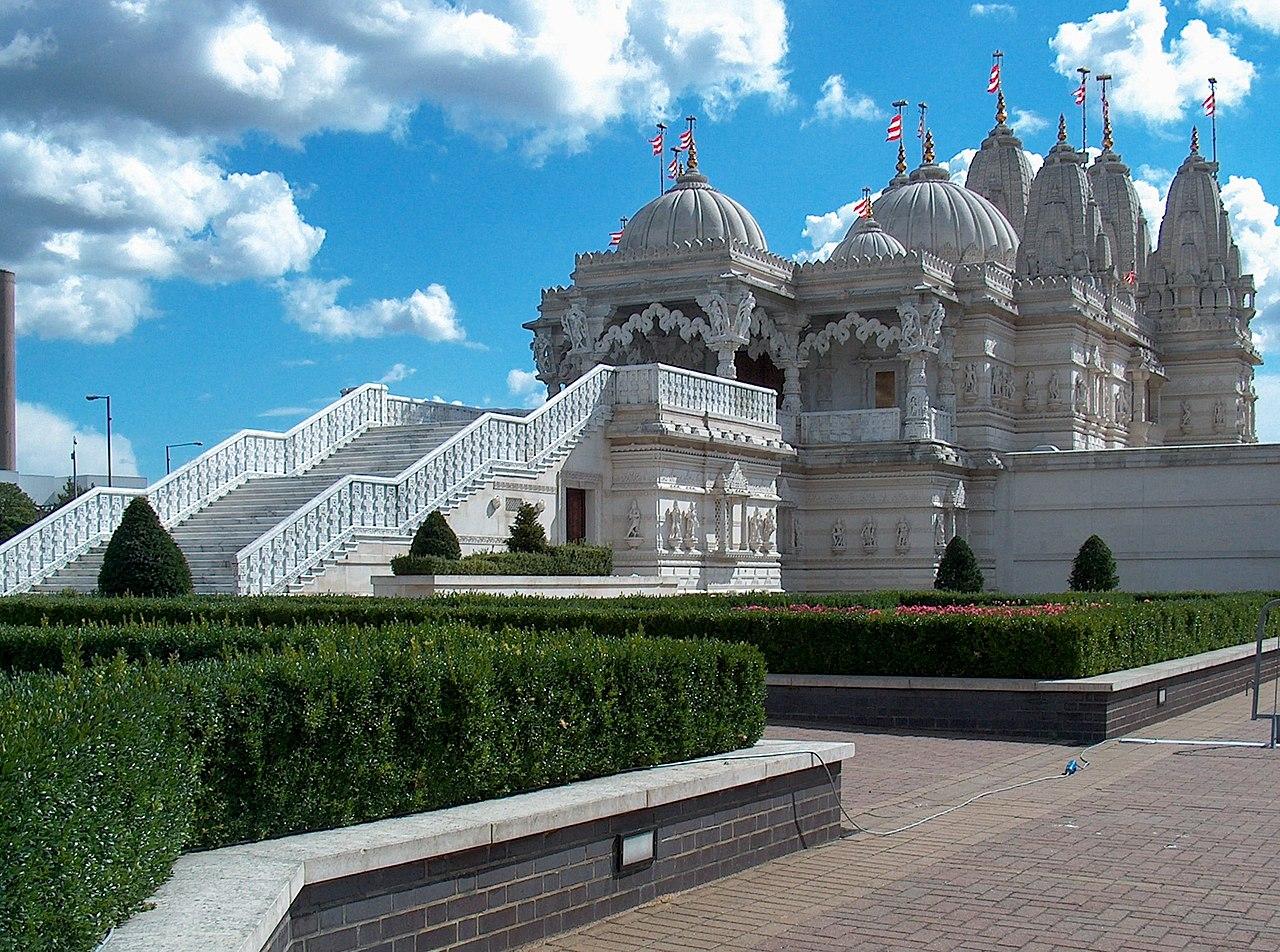 London Temple.jpg