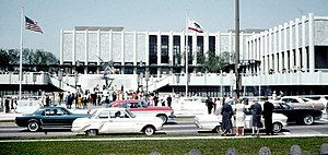 Los Angeles County Museum of Art - Wilshire Boulevard and the Art Museum in 1965.