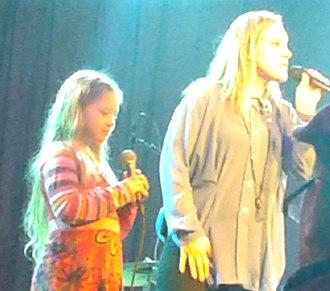 Anneli Drecker - Anneli Drecker live with her daughter Luna at Vossajazz 2015.
