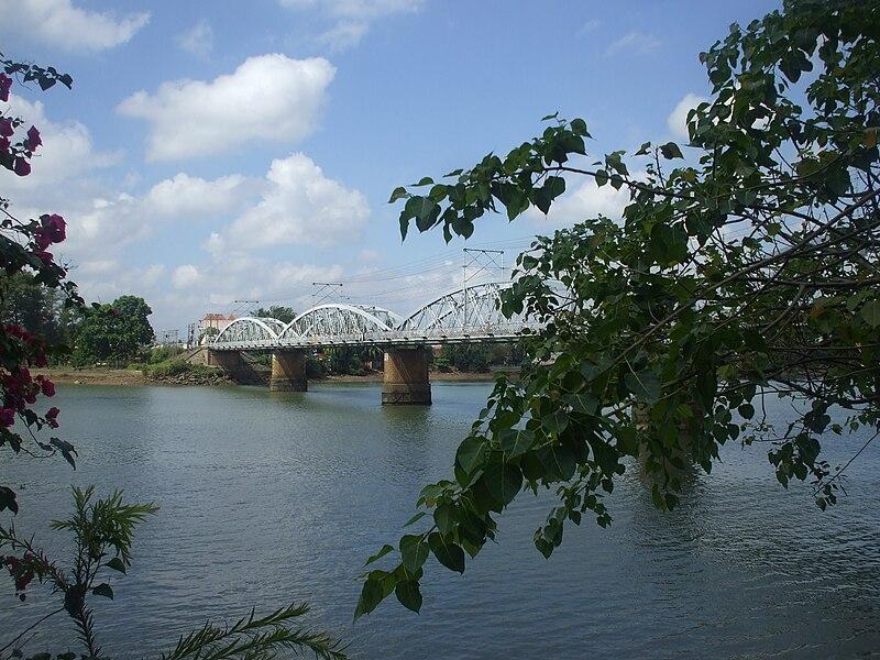 Tập tin:Một nhánh sông Đồng Nai chảy qua cù lao Phố.jpg