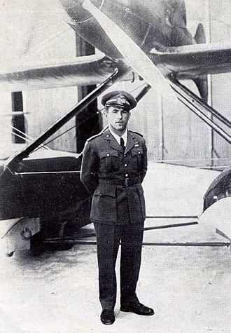 Macchi M.C.72 - Warrant Officer Francesco Agello, test pilot of the Macchi M.C. 72