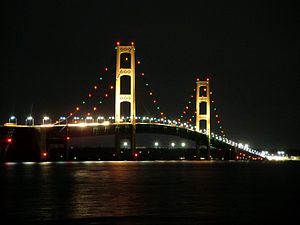 Mackinac Bridge connecting Lower and Upper Mic...