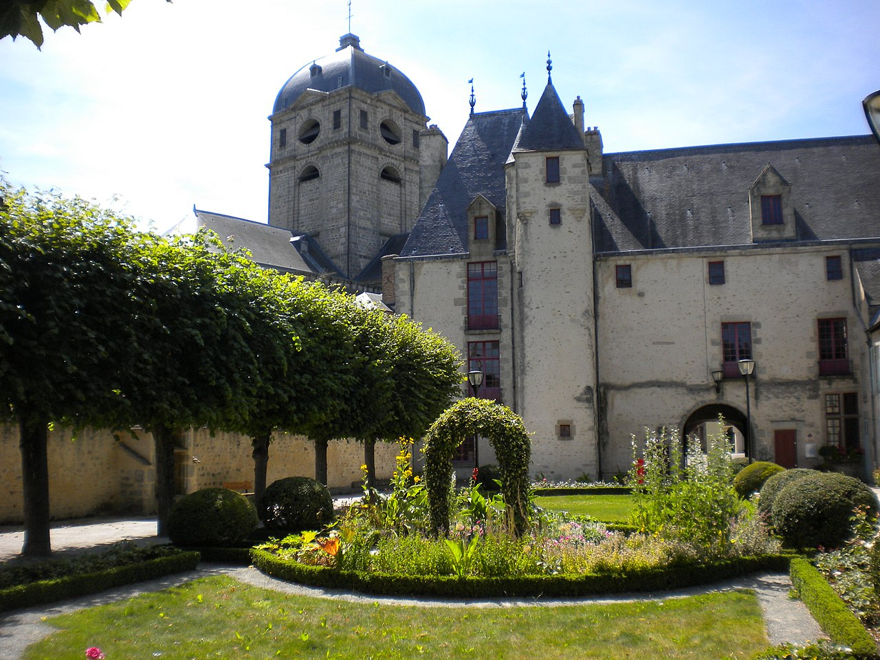 Fichier maison d 39 oz wikip dia for Jardin wikipedia