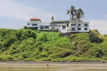Manta Ecuador playa Murci%C3%A9lago 03