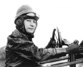 Marie Marvingt - Marie Marvingt in her Deperdussin aeroplane, 1912