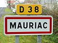 Mauriac-FR-15-panneau d'agglomération-2.jpg