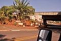Minha casa (Minha vida sob Rodovia Luiz de Queiroz) 2010-09-09 - panoramio.jpg