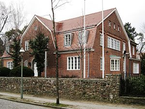 Bruno Ahrends - Cottage of the Ahrends family, built in 1911/12 in Berlin-Dahlem, his first self-contained project