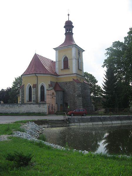 Soubor:Mladé Bříště, kostel.jpg