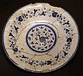 Montelupo, piatto con decoro alla porcellana, 1500-50 ca.jpg