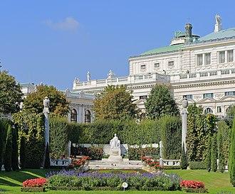 Volksgarten, Vienna - Empress Elizabeth Monument