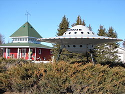 Novelty UFO and visitor centre in Moonbeam