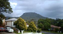 Mount Keira seen from Keiraville.jpg