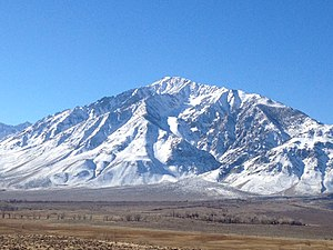 Mount Tom (California) - Mount Tom from the East. Elderberry Canyon is the clearly visible S shaped canyon.