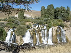 Muradiye-Waterfall 02.JPG
