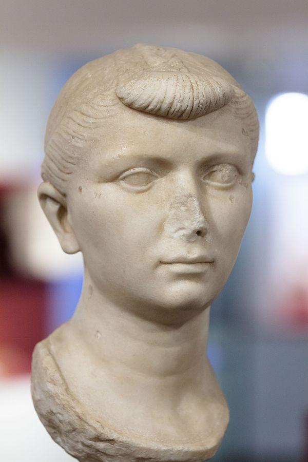 Portrait de Julie (Ra 338)