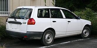Car platform - Nissan Wingroad/Nissan AD Van Y1 Station Wagon