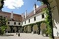 NOE Loosdorf Schloss Hof1.jpg
