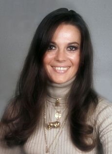 Natalie Wood 3 Allan Warren.jpg