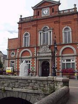 Newry Town Hall - Newry's Town Hall from the Armagh side of the Clanrye River