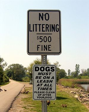 English: --Public Domain Sign (