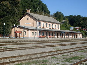 Novo mesto-main train station.jpg
