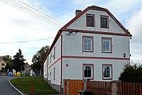 Odolenovice dům ve vesnici.jpg