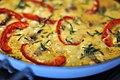Omelet med ansjoser, ost og rød peber (8731493878).jpg