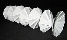 Origami - Bellflower, Balloon Flower (paper flower) - YouTube ... | 131x220