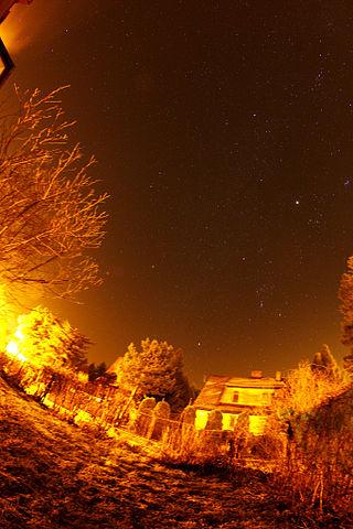 [Obrazek: 320px-Orion-Light_Pollution_12.11.17.jpg]