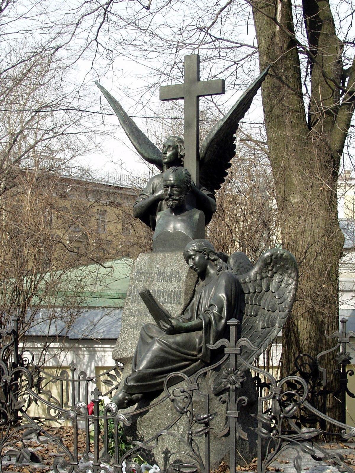 Tichwiner Friedhof – Wikipedia
